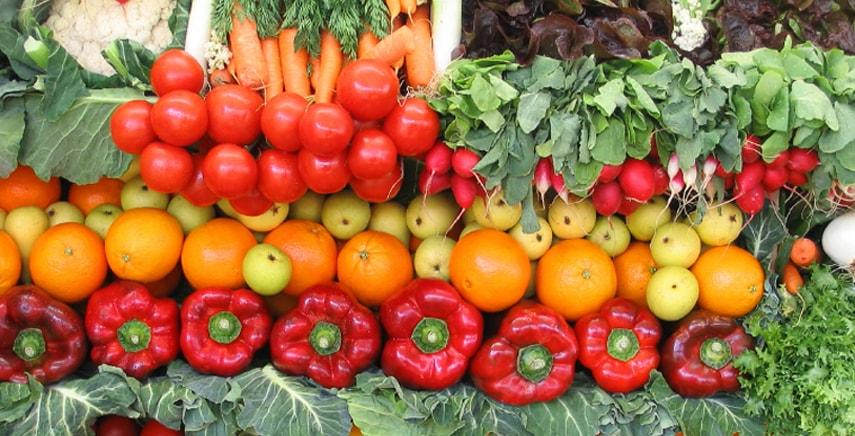 Raccolto aprile ortaggi e verdura